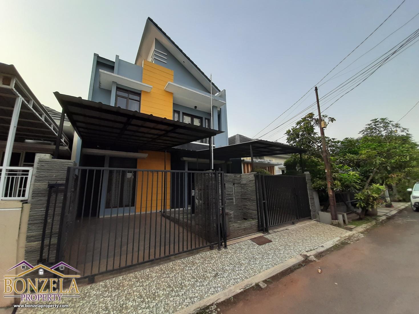 Sewa Rumah di Komplek Puri Gading Bekasi, dekat pintu tol JORR Jatiwarna